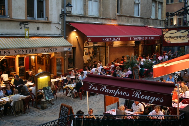 Foto: Bouchons na Rue Saint Jean, Lyon / por David via flickr.